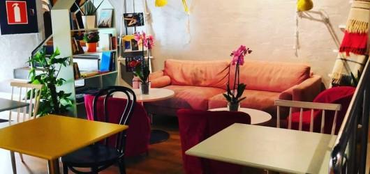 Aatos Café