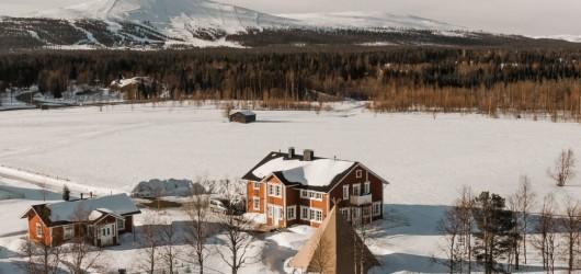 Aurora Estate